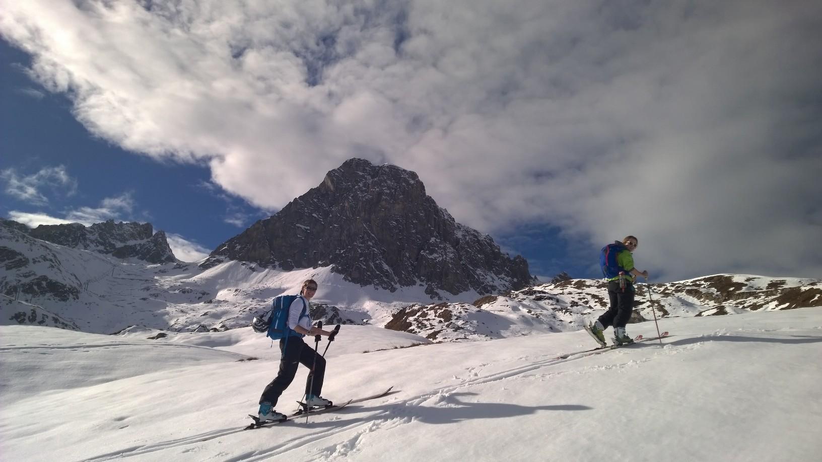 Aigullie Noire de Promecou 2977m in the background
